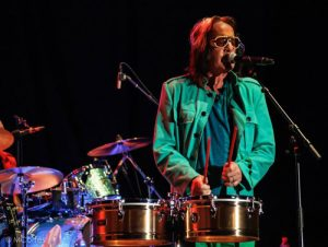 INDICA Todd Rundgren Bogota Colombia con Indica jacket seafoam green 00